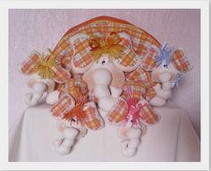 Mamãe Elefantinha e suas Filhinhas.... Programa Sabor de Vida 16/08 by Atelier Eu & Voce by Andrea Malheiros, via Flickr