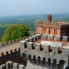 Few wine regions have the instant name recognition of Tuscany's Chianti, first legally defined in 1716 (but recognized as a wine region as early as ...