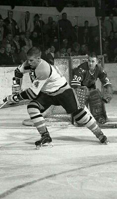 Bobby Orr with ( I think this is right) Pierre Pilote, on defense for the Blackhawks. Boston Bruins Hockey, Usa Hockey, Hockey Goalie, Hockey Games, Hockey Shot, Old Sports Cars, Bobby Orr, Nhl News, Boston Sports