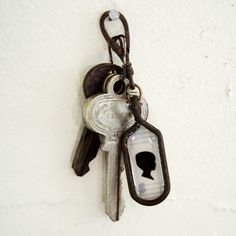 Custom Silhouette Keychain . Single Image by luckymebeads on Etsy
