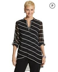 Tulia Graphic Striped Top, Graphic Striped Top, Chico& Like the thin fabrics, with diagonals going both direcitions. Over 50 Womens Fashion, Fashion Over 50, Fashion Looks, Fashion Tips, Fringe Jacket, Blouse And Skirt, Dress Patterns, Blouse Designs, Shirt Blouses