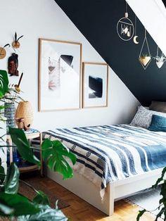 Petrol Als Wandfarbe Wirkt Entspannend Und Ist Ideal Für Das Schlafzimmer