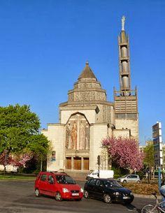 Église Saint-Honoré, Amiens 1957, architecte Paul Tournon (réconstruction de la Chapelle Notre-Dame à l'exposition de Paris 1937)