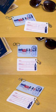 Deixe sua mala inconfundível com essa tag de Londres!     Detalhes:  - Papel de maior gramatura com laminação para maior resistência  - Tamanho 10 x 6,2cm  - Corrente de metal