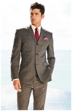 #SeanOPry is dapper in a three-button suit for British retailer #Next