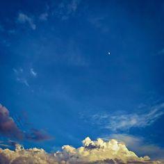 Yes, the moon, by Blas Torillo en #Instagram / #Pinterest #Foto #Photo /