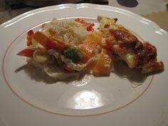 4 - 5personer   500 g kyllingefilet  1 porrer i tynde skiver  6 tomater skåret i mindre stykker  1 stor peberfrugt i tern  2 gulerødder i s...