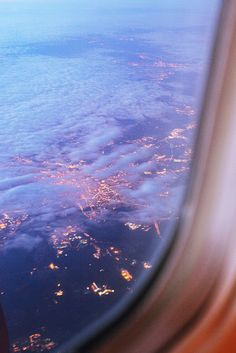Shared by 𝑎𝑑𝑣𝑒𝑛𝑡𝑢𝑟𝑒 💫. Find images and videos about sky, travel and city on We Heart It - the app to get lost in what you love. Sky Aesthetic, Travel Aesthetic, Voyager C'est Vivre, Places To Travel, Places To Go, Travel Destinations, Myconos, Adventure Is Out There, Belle Photo