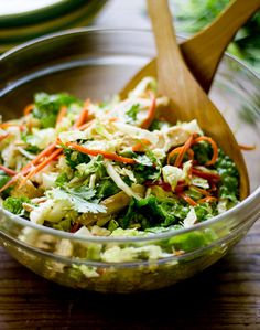 chinese chicken cabbage salad | theclevercarrot.com