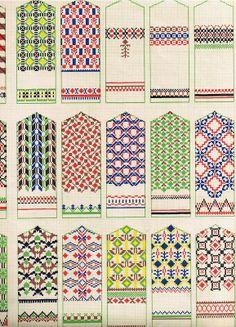 Raksti - A K - Álbuns Web Picasa Knitted Mittens Pattern, Fair Isle Knitting Patterns, Crochet Mittens, Knitting Charts, Knitting Stitches, Knitting Designs, Knitting Projects, Knitting Socks, Hand Knitting