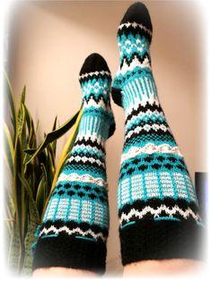 Knitting Socks, Crochet, Handmade, Fashion, Tights, Tutorials, Knit Socks, Moda, Hand Made