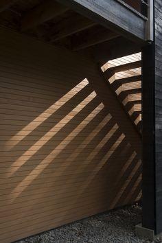 MAISON UNIFAMILIALE SAINT-SAUVEUR — DKA Architectes Saint Sauveur, Forest House, House Plans, Stairs, Farmhouse, House Design, Cabin, Building, Houses