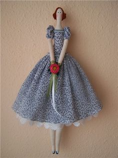 Gotta make these dolls as they are so pretty.