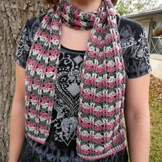 Linda Permann Cables and Lace Scarf PDF at WEBS | Yarn.com $5