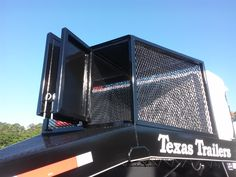 Texas trailers with dog box Clinton Anderson, Horse Trailers, Texas, Horses, Dogs, Doggies, Horse, Pet Dogs, Dog