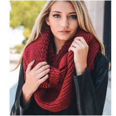 "⭐️2 Colors!⭐️NWT Oversized Knit Infinity Scarf NWT Oversized Knit Infinity Scarf, available in 2 colors: Black and Burgundy.The softest knit with an oversized style, this will be your coziest scarf this season! Soft Polyester. Double layer infinity scarf, width is approx 20"", Length is 72"". 🚫No Trades and No Paypal🚫 Accessories Scarves & Wraps"