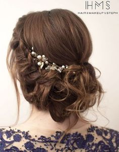 Featured Hairstyle: Hair and Makeup by Steph; Wedding hairstyle idea.