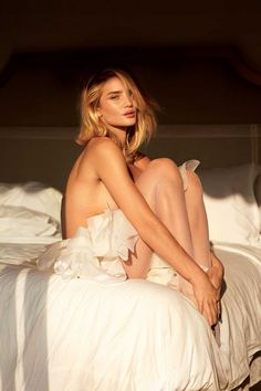 Kate Upton & Various Models are Simply the Best in V Mag
