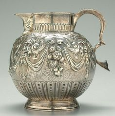 889: George III silver pitcher, London 1776