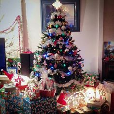 This was last year's Christmas tree ... With the awesome Black Friday sales I wonder what this year is going to be like?