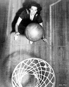 Jane Russell playing basketball, 1946