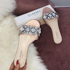 Clarks Shoes, Boot styles And A Lot More for People Pretty Shoes, Beautiful Shoes, Cute Shoes, Me Too Shoes, Cute Sandals, Shoes Sandals, Flats, Daily Shoes, Womens Fashion