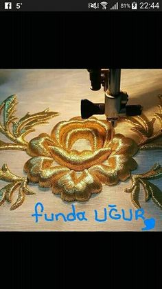 Zardozi Embroidery, Pearl Embroidery, Couture Embroidery, Embroidery Fashion, Embroidery Stitches, Crazy Quilting, Hand Embroidery Designs, Embroidery Patterns, Lesage