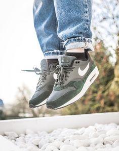 huge discount b054e 1bb85 Comme sur un nuage avec les baskets Nike Air max 1 !  sneakers baskets.  sarenza.com