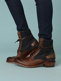 i need another pair of ankle boots like another hole in my head, but WANT!