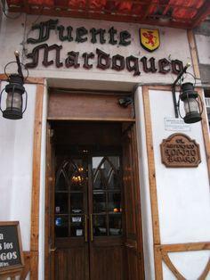 Entrada Fuente Mardoqueo , Barrio Yubgay , Santiago - Chile