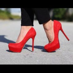 The BEST red pump/heel that I've ever considered