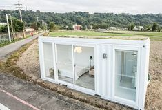 Container Shop, Container Design, 20ft Container, Container Homes, Container Architecture, Architecture Design, Mini Shed, Game Room Basement, Building A Container Home