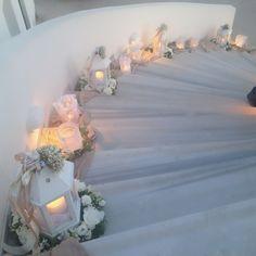 Outdoor Wedding Decorations, Flower Decorations, Table Decorations, Wedding Staircase, Greek Wedding, Wedding Styles, Wedding Ideas, Wedding Engagement, Lanterns