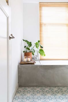 tablier de baignoire effet béton ciré