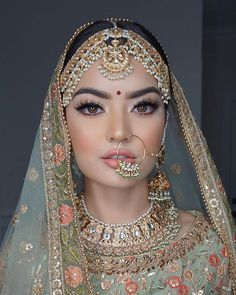 Stunning Indian Bridal Look | Jewelry by á La Couture | Makeup by Sohal Grewal - Blue Rose Artsitry | Outfit by Poonam's Kauture | Nude makeup | No makeup- makeup look | Minimal Bridal look | Nude lipsticks | Jewelry inspiration | #wittyvows #bridalmakeup #nomakeupmakeup #minimal #bride #jewelry #bridaljewelry #wingedliner #polki #makeupartist #nosering #lipstick #bridegoals #bridalinspiration #weddingblog