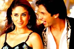 Will Chetan Bhagat bring back Shahid and Kareena? Chetan Bhagat's novels have a way of translating themselves into mainstream feature films. Some of his earlier books like '2 States  http://toi.in/i3y7jb