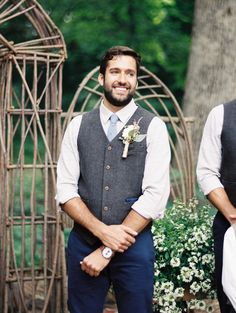 Wedding suits men rustic groom style 45 ideas for 19 relaxed yet stylish barn groom attire ideas - weddingomania Tweed Groom, Groom Vest, Tweed Vest, Groomsmen Vest, Navy Blue Groomsmen, Rustic Wedding Groomsmen, Wedding Rustic, Trendy Wedding, Boho Wedding