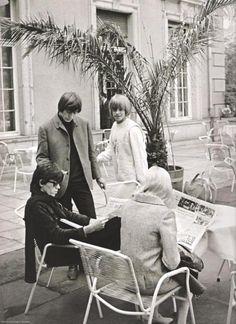 1965 - Keith Richards, Brian Jones, Charlie Watts, Shirley Watts.