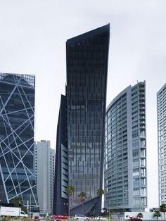"""""""Cube 2"""" Office Tower  / Estudio Carme Pinós"""