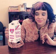 Image about melanie martinez in melanie adele martinez 👼 by bubblegumdrop Cry Baby, Melanie Martinez Pictures, Crybaby Melanie Martinez, Crazy People, Rare Photos, Billie Eilish, Rwby, Crying, Singer