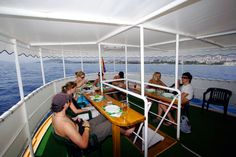 Okružní plavba 3 - Střední Dalmácie: http://www.novalja.cz/chorvatsko/plavby-lodi/plavba-lodi-stredni-dalmacie/