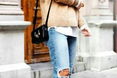 I have a similar pair of jeans, I love them #autumn #outfit
