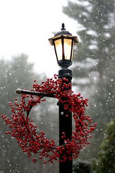 via via via To those who celebrate, Merry Merry Christmas! I'll see you all after the holiday as I'm signing off to spend time . Christmas Time Is Here, Merry Little Christmas, Noel Christmas, Winter Christmas, All Things Christmas, Christmas Wreaths, Christmas Decorations, Outdoor Christmas, Simple Christmas