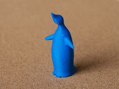 penguin looking up by bs3 - Thingiverse