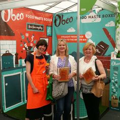 Obeo co-founder Kate Cronin at Bloom 2016 with a pair of happy customers. Bloom 2016, Food Waste, Exhibit, Recycling, Happy, Ser Feliz, Repurpose, Happiness, Upcycle