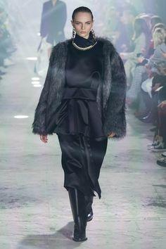 Sacai, Fashion Show, Goth, Runway, Collection, Style, Runway Fashion, Cat Walk, Gothic