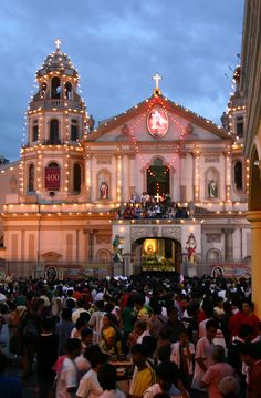 Black Nazarene, Philippine Holidays, Intramuros, Manila Philippines, Asia, Catholic, Places To Visit, Tours, Lights