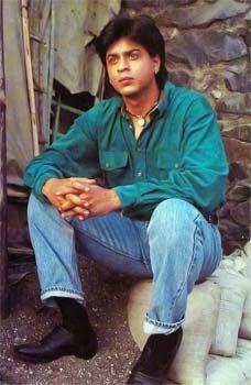 Shahrukh Khan between takes - Chamatkar (1992)