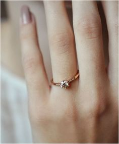 Vintage Wedding Inspirations: Rose Gold Diamond Band https://bridalore.com/2017/06/19/vintage-wedding-inspirations-rose-gold-diamond-band/
