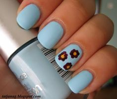 three flowers on ring finger